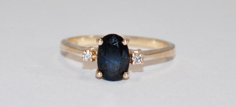 14K Women's Yellow Gold Three Stone Cut Sapphire Ring Size