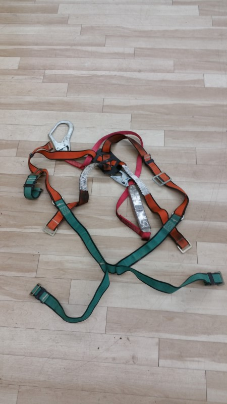 PROTECTA Hand Tool SAFETY HARNESS