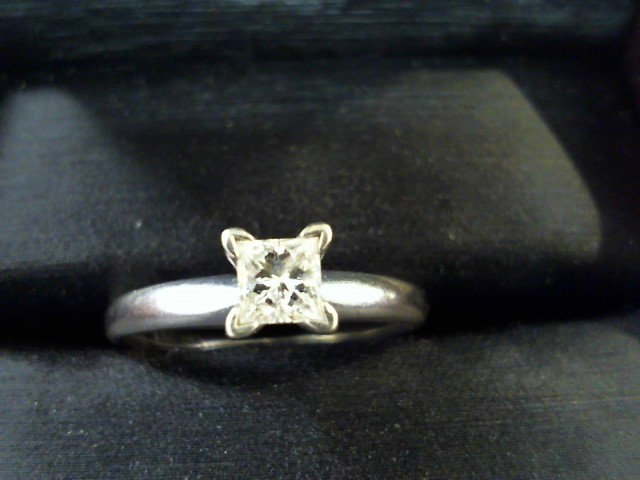 Lady's Diamond Solitaire Ring .30 CT. 14K White Gold 2.5g Size:6