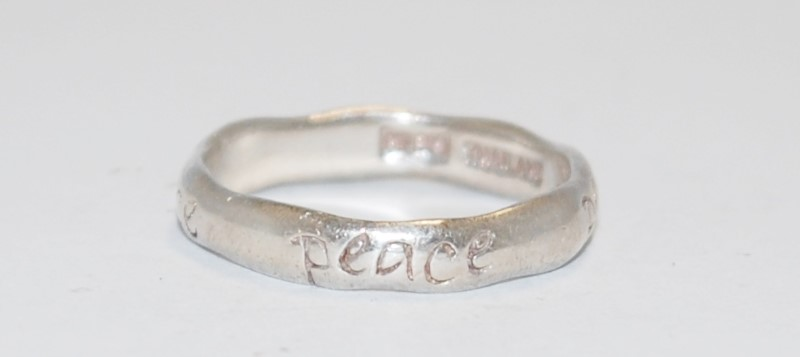 """Women's Sterling Silver """"Peace"""" Engraved Ring Size 7"""