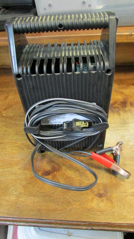 EXIDE BATTERY CHARGER Miscellaneous Tool EXIDE