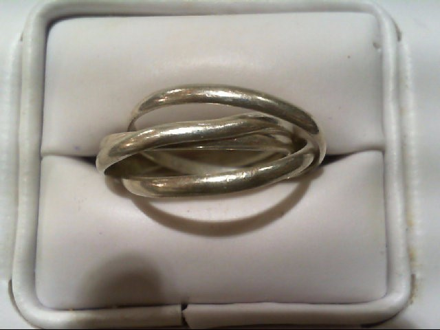 Lady's Silver Ring 925 Silver 3.42g
