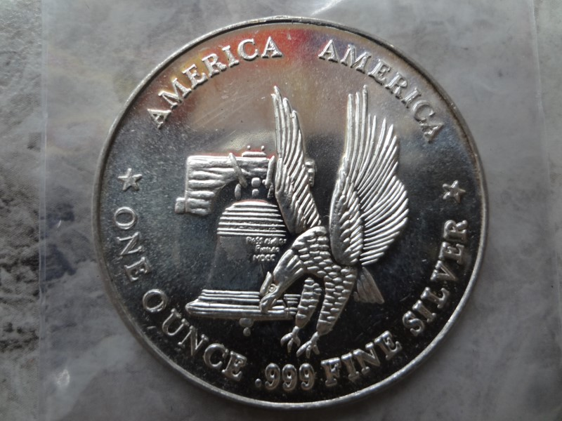 THE INTERNATIONAL SILVER TRADE UNIT AMERICA 1 OUNCE SILVER COIN