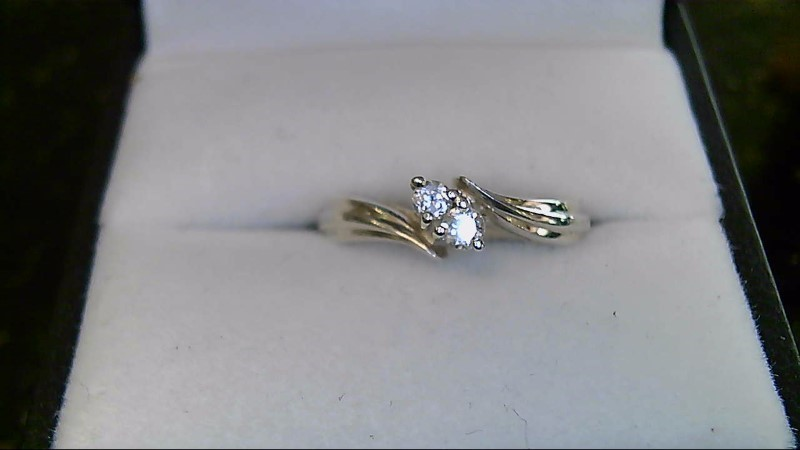 Synthetic Cubic Zirconia Lady's Silver & Stone Ring 925 Silver 3.45g