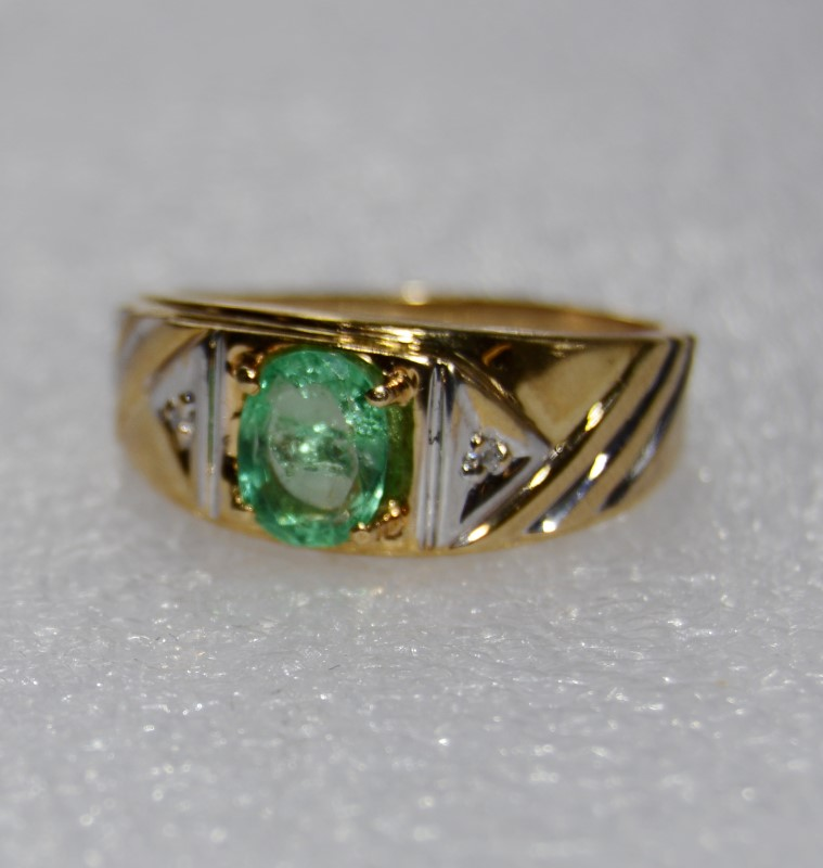 Men's 10K Two Tone Gold Polished & Brushed Satin Diamond & Lime Green Stone Ring