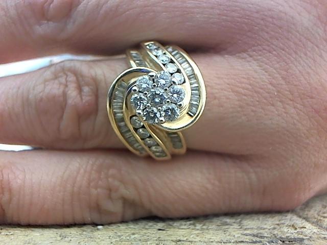 Lady's Diamond Fashion Ring 59 Diamonds 1.11 Carat T.W. 14K Yellow Gold 7.6g