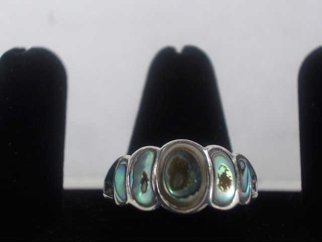 Synthetic Agate Lady's Silver & Stone Ring 925 Silver 4.4g