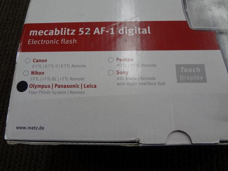 METZ DIGITAL FLASH FOR PANASONIC/OLYMPUS 52 AF-1