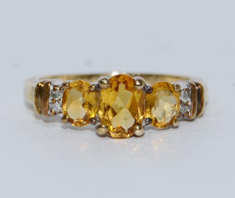 10K Yellow Gold Oval Three Stone Citrine & Diamond Ring Size 6.5