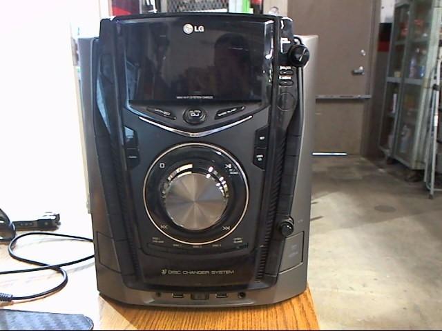 LG Surround Sound Speakers & System CM6520