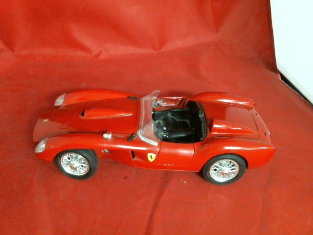 BURAGO Miscellaneous Toy FERRARI CAR DIECAST