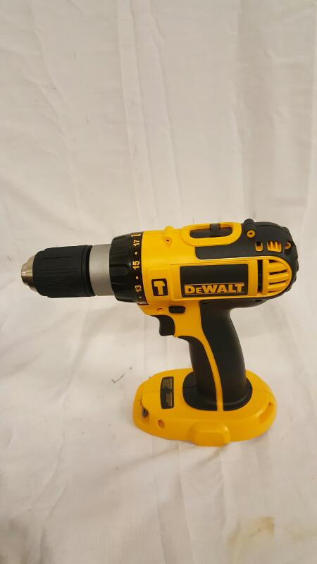 DEWALT Cordless Drill DC725K