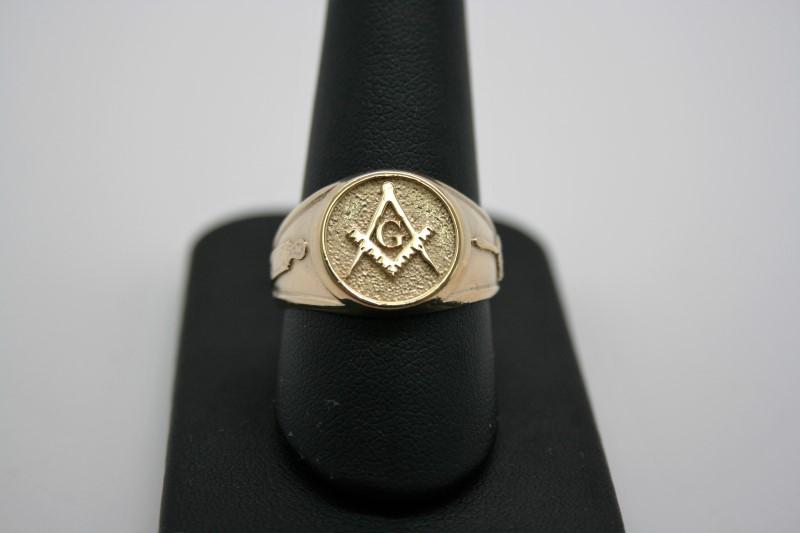 GENT'S MASON RING 10K YELLOW GOLD 10