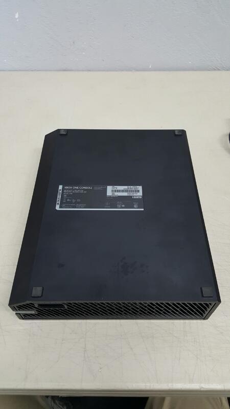 Microsoft Xbox One 500 GB Black Gaming Console Model 1540