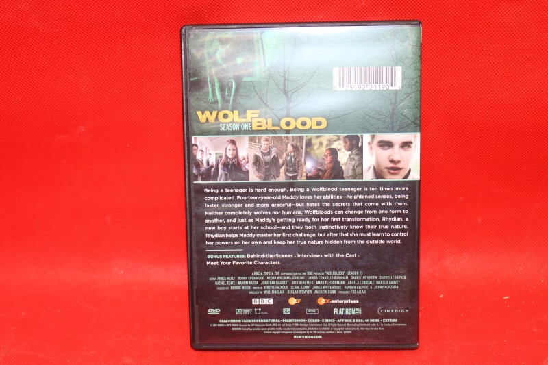 Wolfblood, Season 1 DVD, Louisa Connolly-Burnham, Aimee Kelly, Bobby Lockwood