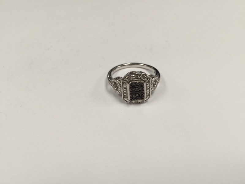 Lady's Silver-Diamond Ring 925 Size:6.8
