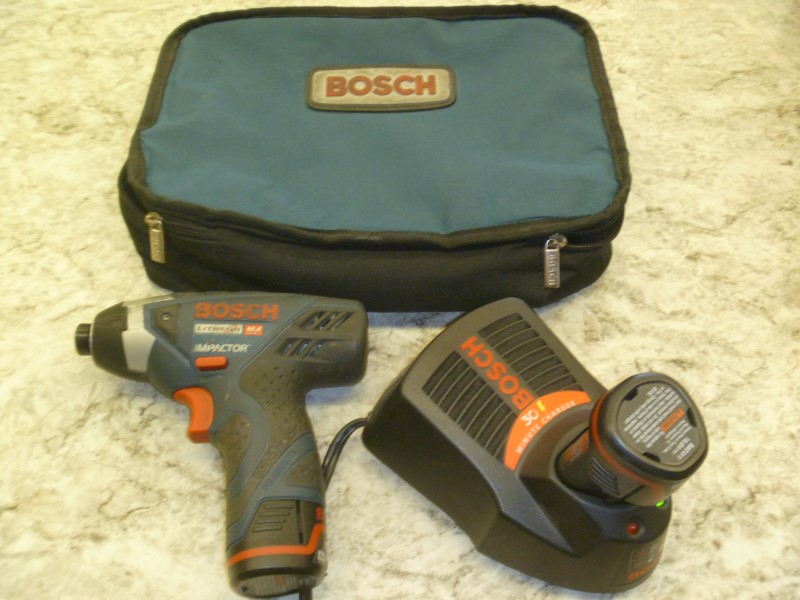 BOSCH CORDLESS IMPACT WRENCH PS40-2