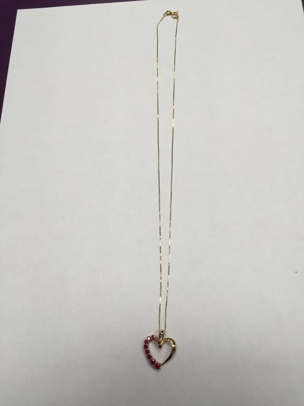 """18"""" BOX LINK CHAIN WITH RUBY/DIA HEART CHARM. 10K Yellow Gold 2.3g"""