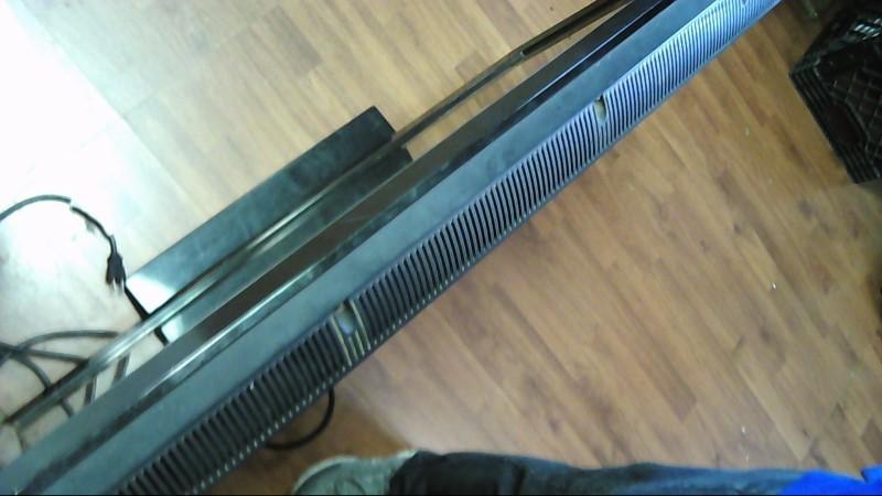 VIZIO Flat Panel Television E421VL
