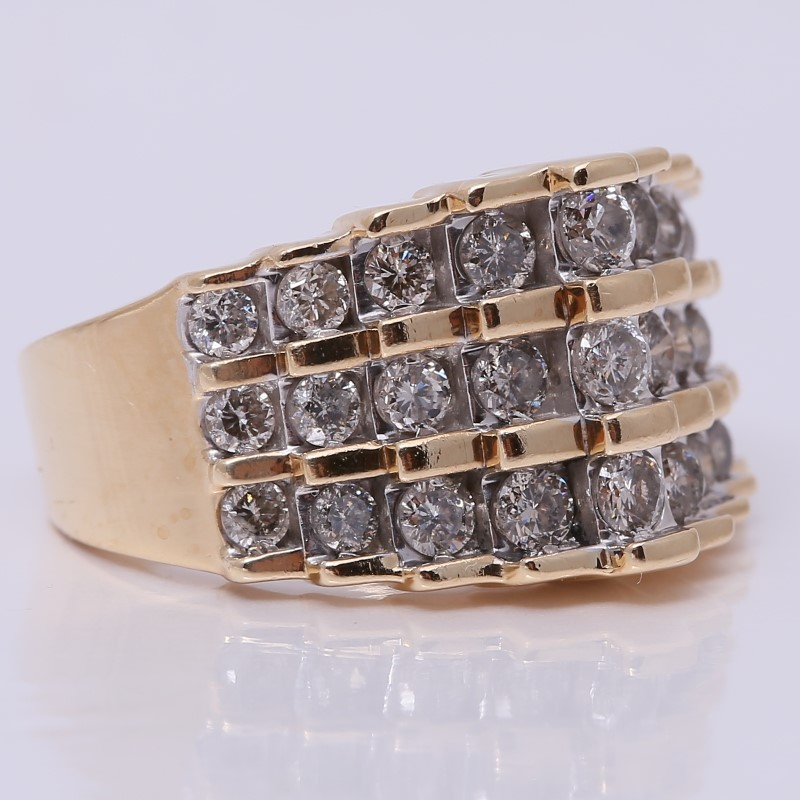 10K Yellow Gold Round Brilliant Diamond Stacked Cluster Ring Size 7
