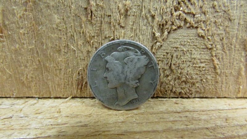 UNITED STATES Silver Coin 1935 MERCURY SILVER DIME