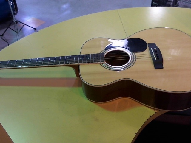MITCHELL Acoustic Guitar MO-100S/PK