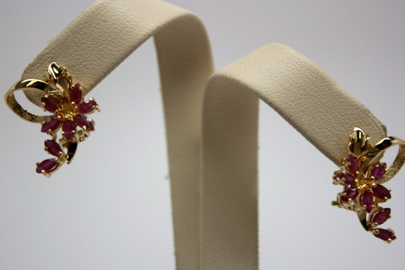 FASHION DIAMOND & RUBY EARRINGS 14K YELLOW GOLD