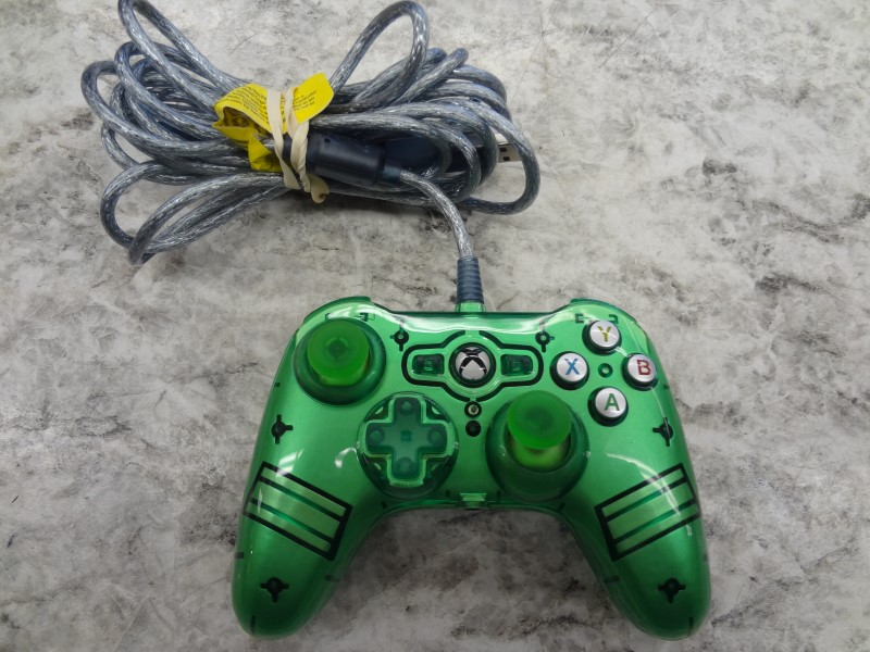 POWER A GREEN WIRED XBOX ONE CONTROLLER