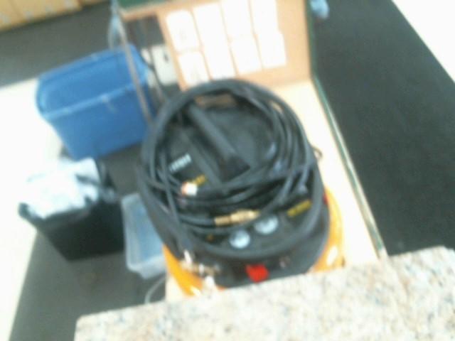 BOSTITCH Air Compressor PANCAKE 6G OL197