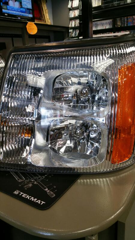 CADILLAC Light ESCALADE HEADLIGHTS ESCALADE HEADLIGHTS