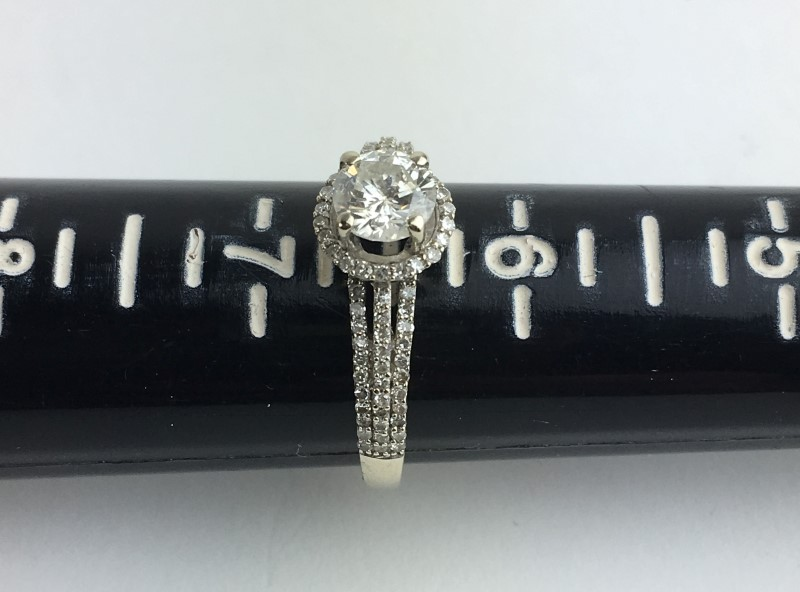 .62cts Diamond Engagement Ring 89 Diamonds 1.50 Carat T.W. 14K White Gold 2.54g