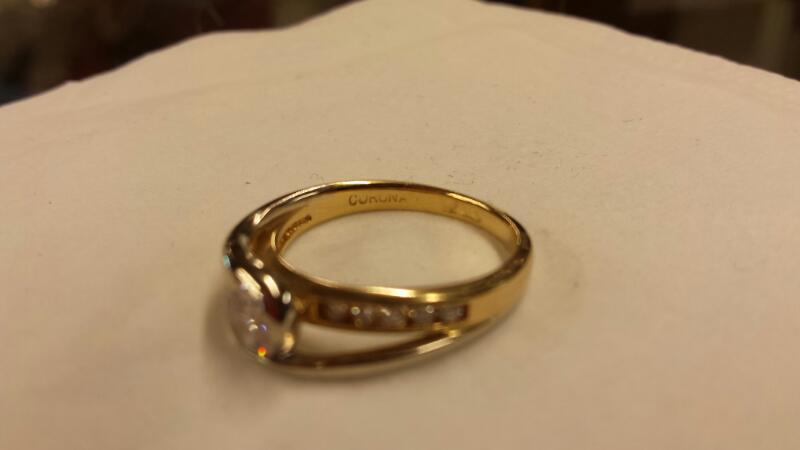 Lady's Diamond Solitaire Ring 11 Diamonds .40 Carat T.W. 14K Yellow Gold 2.3dwt