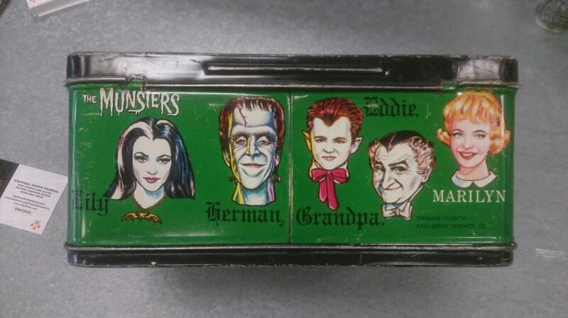 The Munsters and thermus TIN LUNCH BOX antique