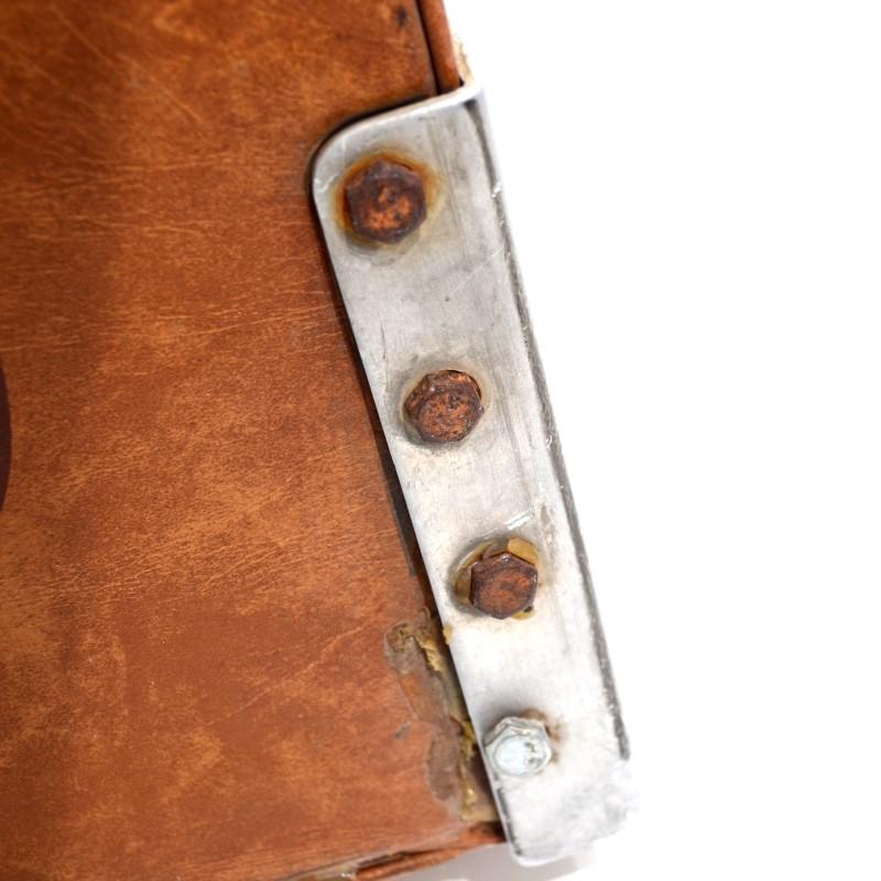Bass Pro Shops Pair of Leather Folding Fishing Seats No Mounts>