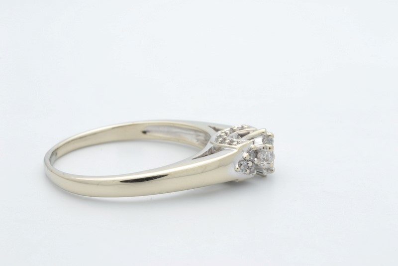 ESTATE DIAMOND RING SOLID 10K WHITE GOLD ENGAGEMENT MARQUISE SZ 8.25