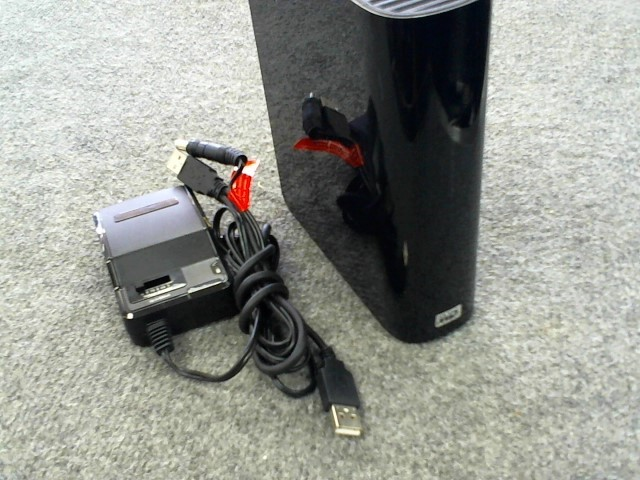 WESTERN DIGITAL Computer Accessories WDBAAF0010HBK-01