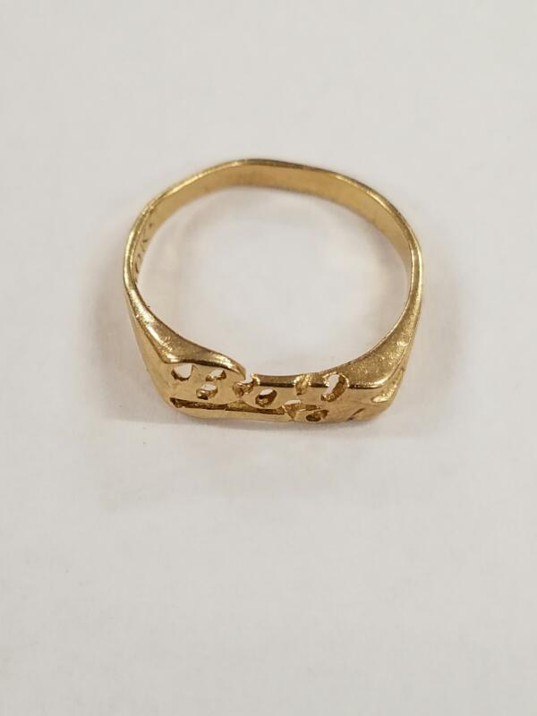 Lady's Gold Ring 10K Yellow Gold 0.7g
