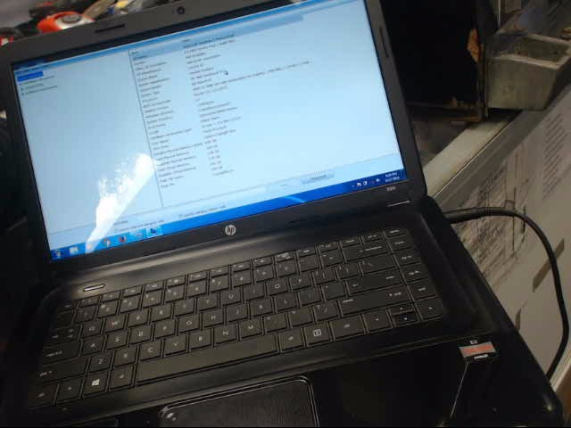 HEWLETT PACKARD Laptop/Netbook 2000 NOTEBOOK PC