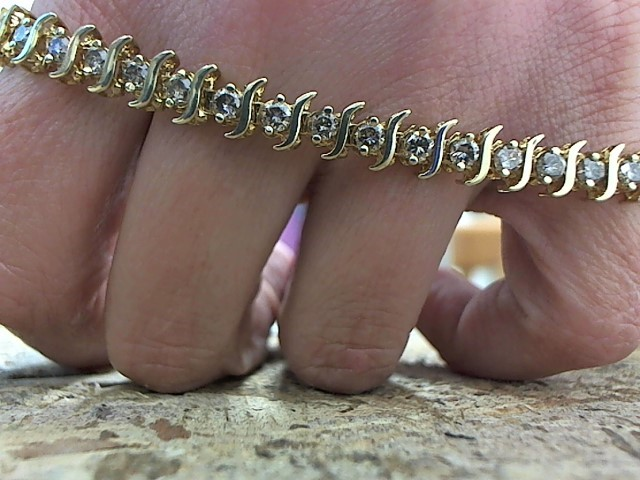 Gold-Diamond Bracelet 38 Diamonds 2.66 Carat T.W. 10K Yellow Gold 12.6g