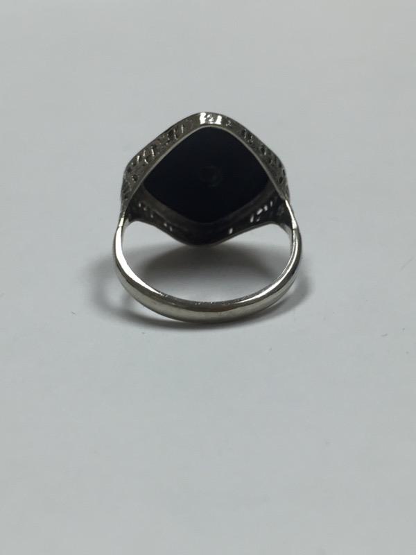 Lady's Diamond Fashion Ring .03 CT. 10K White Gold 2.2dwt