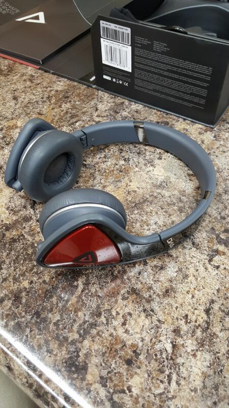 MONSTER Headphones On-Ear 128485 DNA Noise Isolation Black/Red