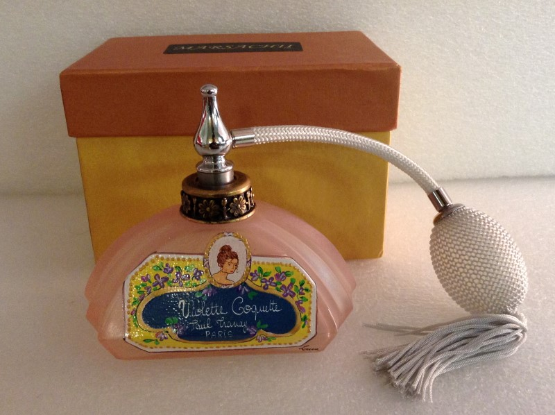 Collectible Plate/Figurine ANTIQUE PERFUME BOTTLE