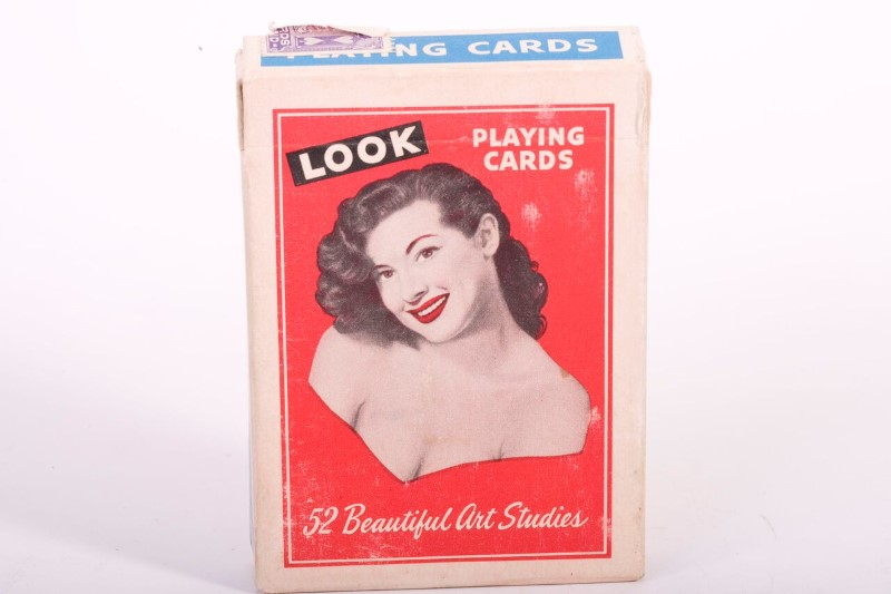 LOOK PLAYING CARDS