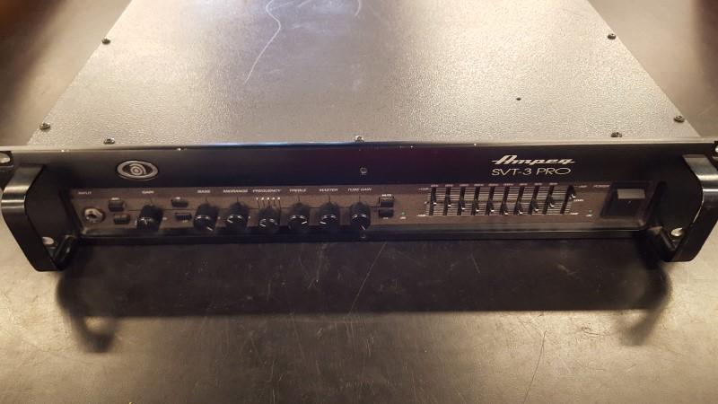AMPEG Bass Guitar Amp SVT-3