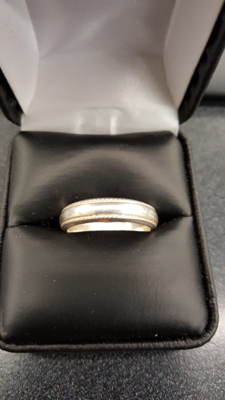 Gent's Silver Wedding Band 925 Silver 4.9g Size:9