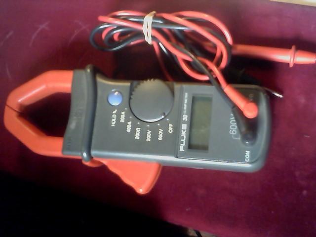 FLUKE Multimeter 30 CLAMP METER