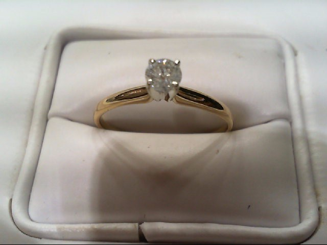 Lady's Diamond Engagement Ring .32 CT. 14K Yellow Gold 2g