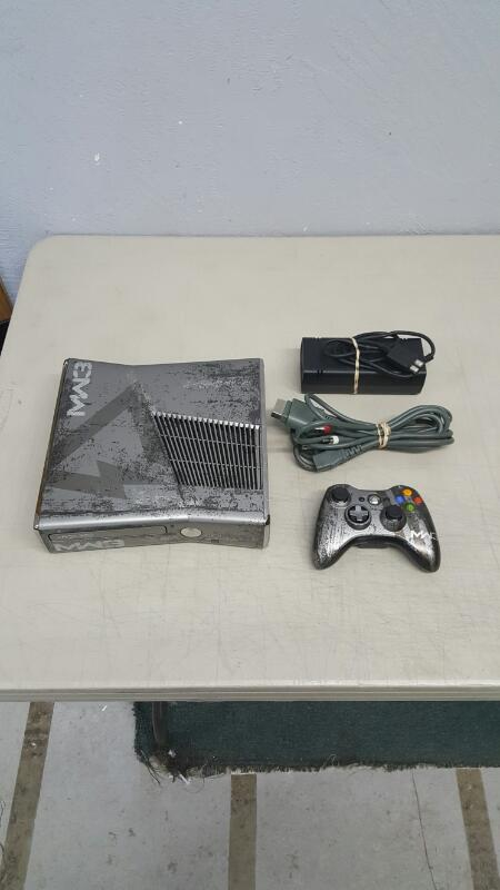 Microsoft Xbox 360 S Modern Warfare 3 Limited Edition 320GB Console