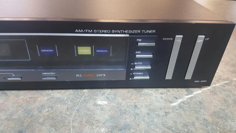 FISHER AUDIO Synthesizer FM-660