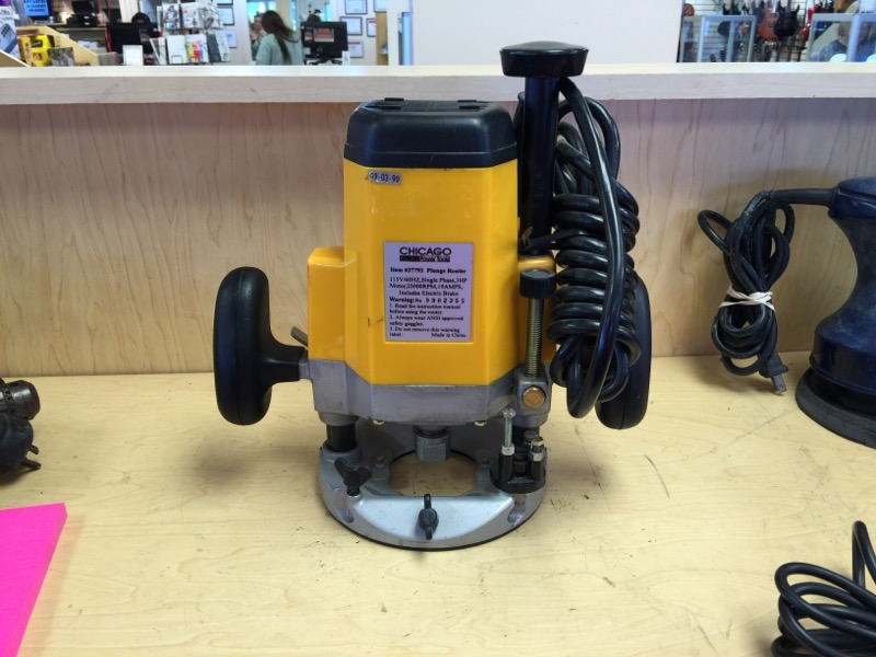 Chicago Electric Plunge Router 2.5 HP